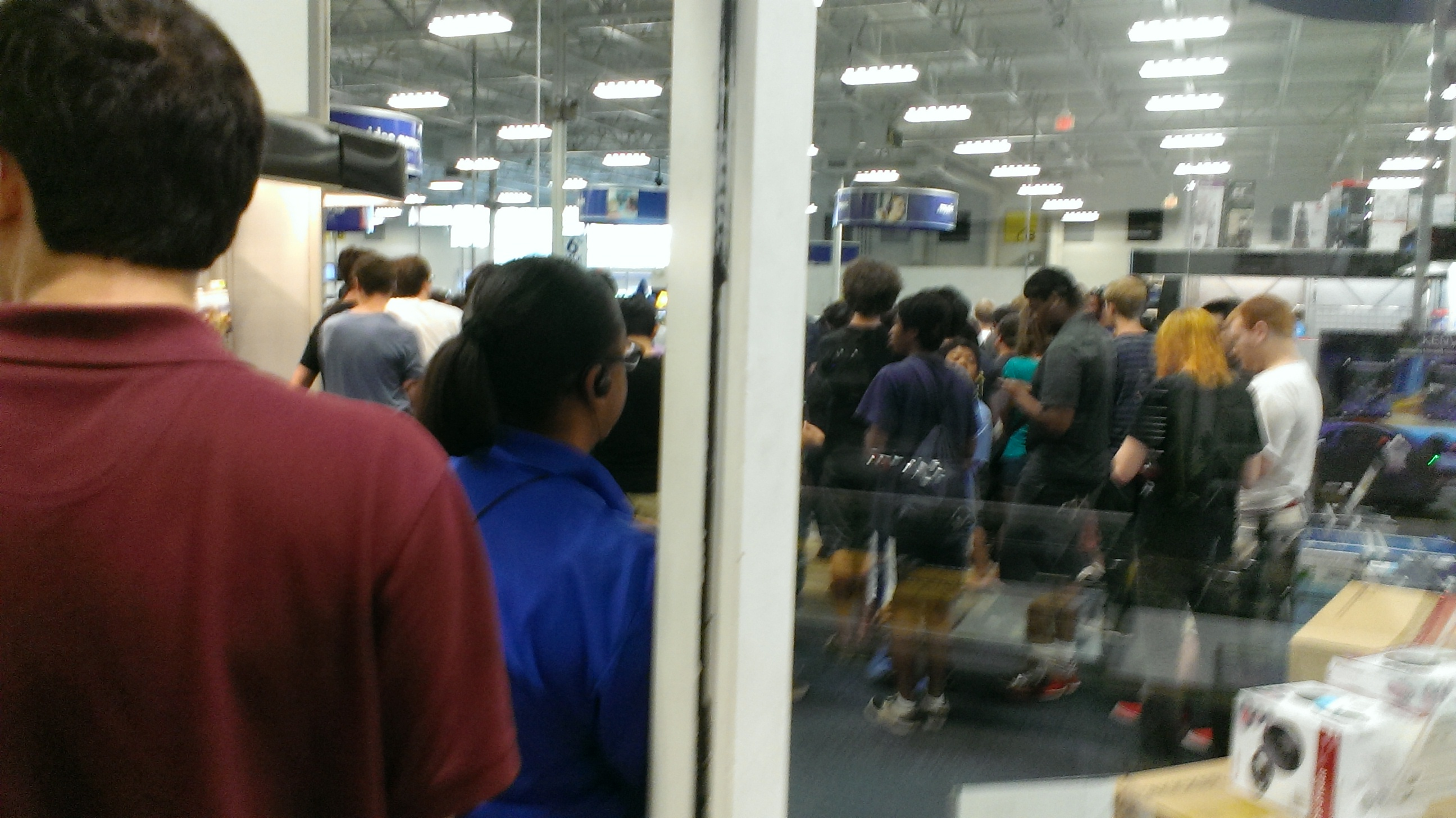 Waiting in line for just two minutes of Smash is an intense experience indeed.